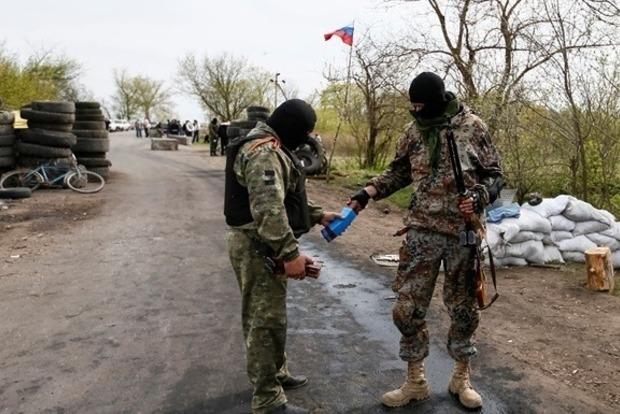 На блокпосту боевиков прогремел взрыв. Около 20 погибших и раненых