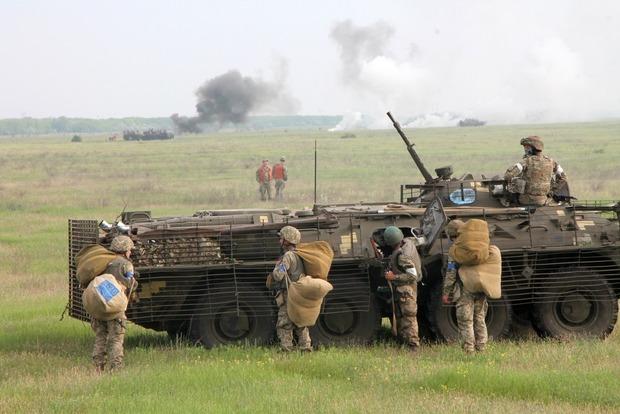 Украинские десантники провели масштабные учения
