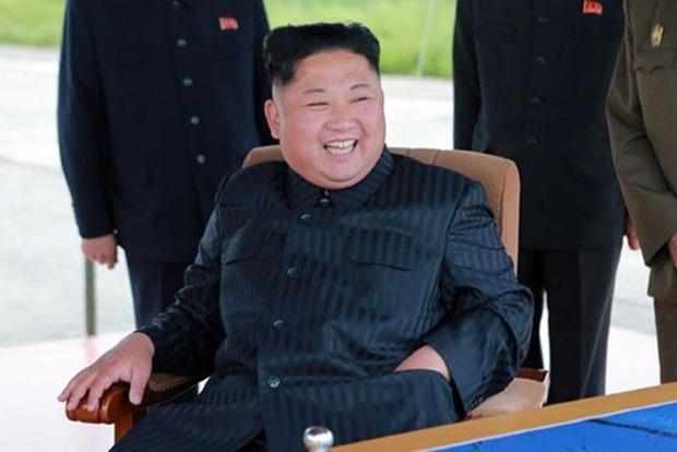 КНДР показала «уничтожение» американских самолетов и авианосца
