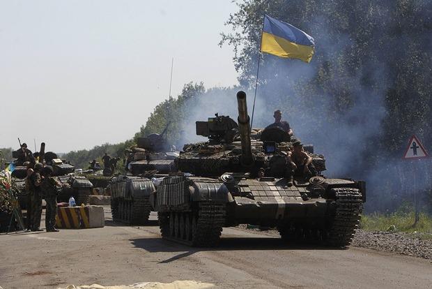 В НАТО обеспокоены применением тяжелого вооружения на Донбассе