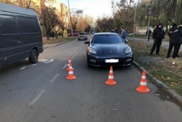 В Ужгороде водитель Porsche сбил 12-летнюю девочку