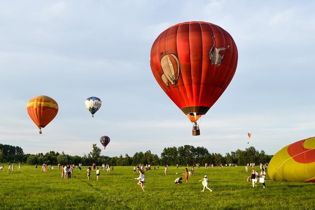 Під Києвом відбувся двотижневий фестиваль повітряних куль