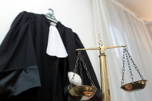 Жара добила: У украинских судей скоро появится летний прикид