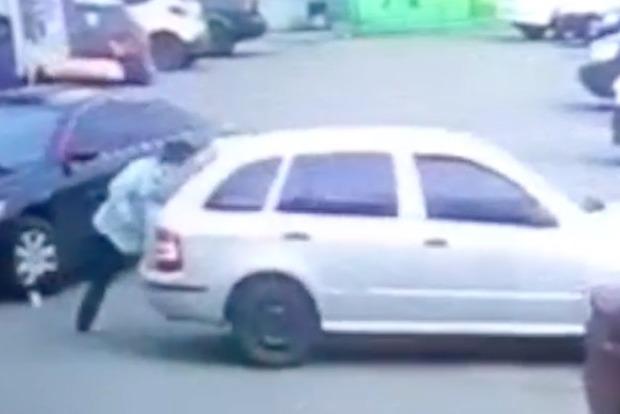 Опубликовано видео, как Вера Савченко сбила женщину