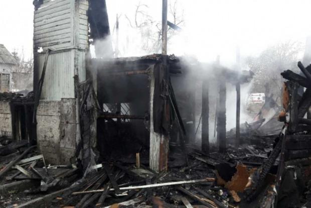 В Киеве при пожаре в жилом доме погибло четверо детей