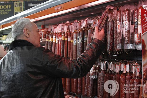 Мясо за год в Украине подорожало на 40% - эксперт