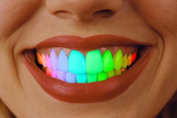 Незвичний зубний тренд завойовує світ