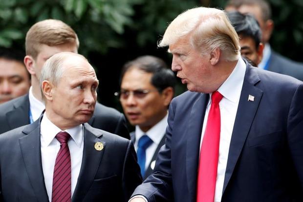 Издевались как могли. В США отчеканили монету в честь Путина с тремя ошибками