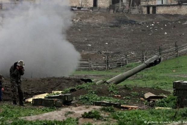В Нагорном Карабахе сообщили о новых обстрелах: есть жертвы