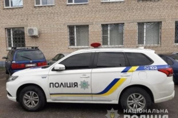 Родня водителя-пьянчуги избила полицейских и угнала их авто