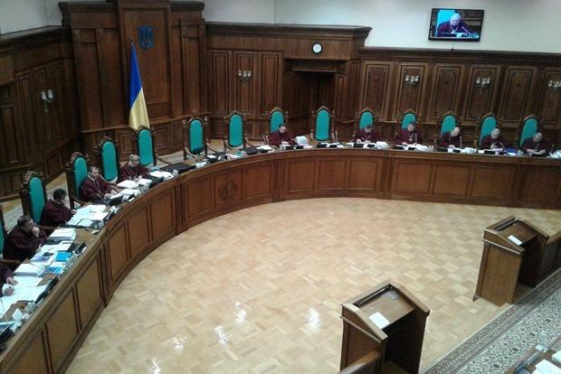 Суд по языковому закону Колесниченко - Кивалова. Юристы назвали закон манипулятивным