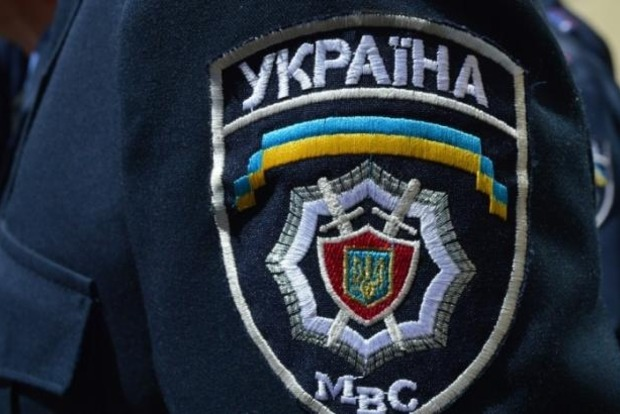 В Доброполье во дворе кандидата в депутаты взорвалось взрывное устройство