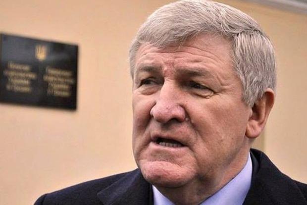 Бывший министр обороны Украины получил убежище в Беларуси
