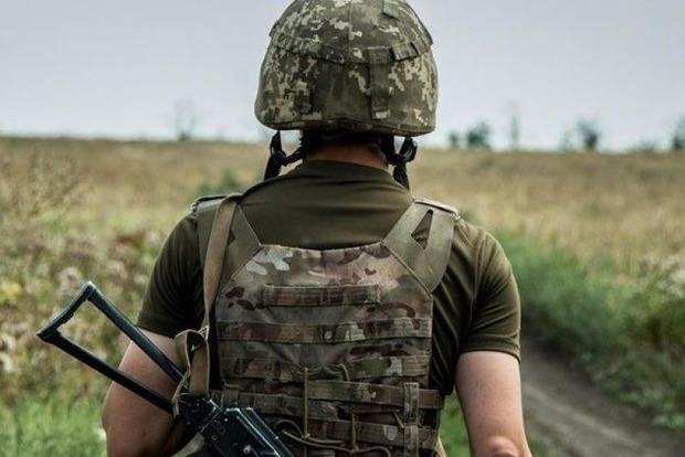 В Киеве на Печерске покончил жизнь самоубийство солдат-контрактник