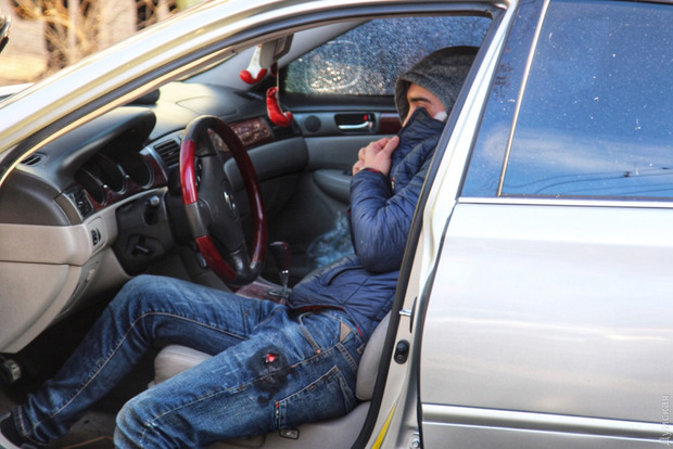 Полиция при задержании обстреляла Lexus в Одессе, есть пострадавшие