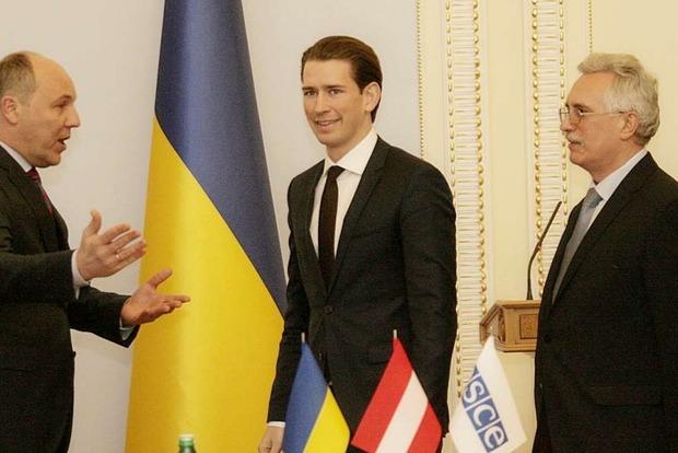 Вооруженная миссия ОБСЕ может стать шагом на пути к миру на Донбассе - Парубий