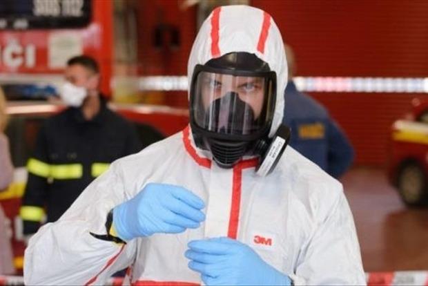 За сутки от коронавируса в стране скончалось 123 человека. Зараженных почти 8 тысяч