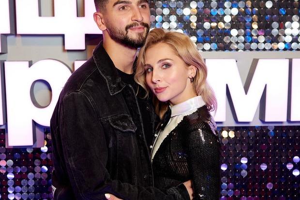 Внезапно: Двое участников шоу Танцы со звездами поженились