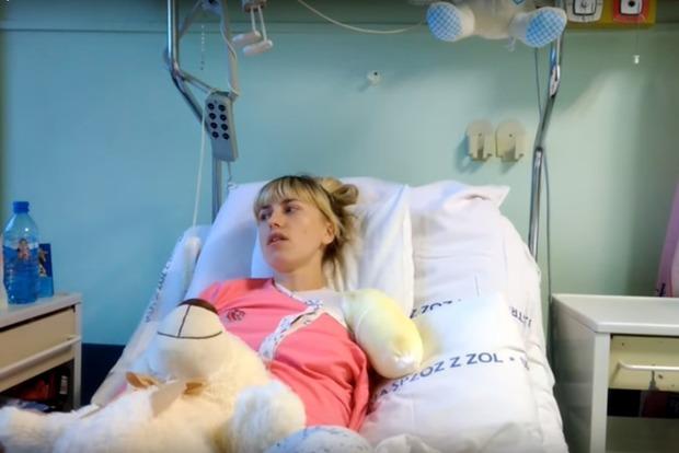 Украинка заявляет, что потеряла руку из-за работы напрачечной вПольше