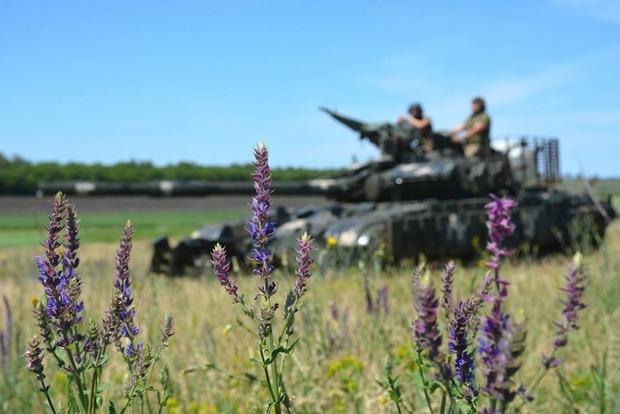 Сгорел к еб...ям: ВСУ уничтожили опорный пункт боевиков в районе Желобка