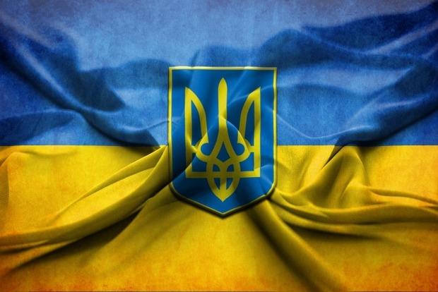 В Доброполье заявили, что их мэр защищал флаг Украины, а не унижал его