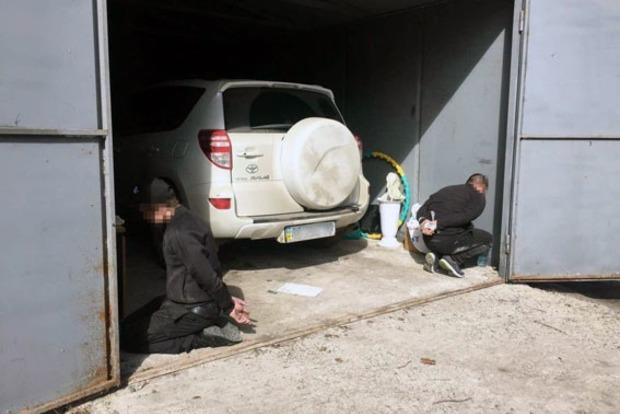 В Харькове задержали группу мужчин, занимавшихся угоном автомобилей Toyota и Lexus