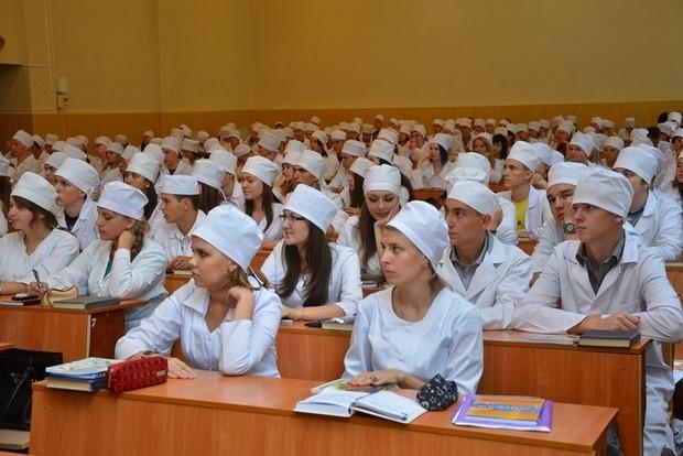 Ливан продолжает признавать дипломы медицинских вузов Украины – посольство