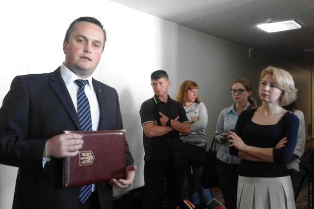 Регламентный комитет начал рассмотрение трех представлений на нардепа
