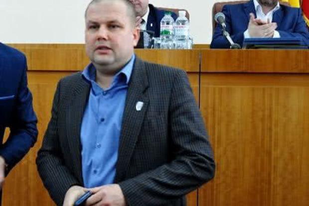 Депутат УКРОПа выстрелил себе в грудь