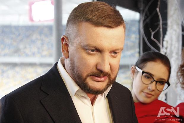 Петренко о неплательщиках алиментов: сотни тысяч долгов есть даже у депутатов