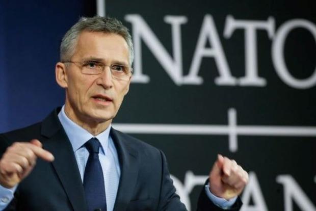 Порошенко пригласят на саммит НАТО