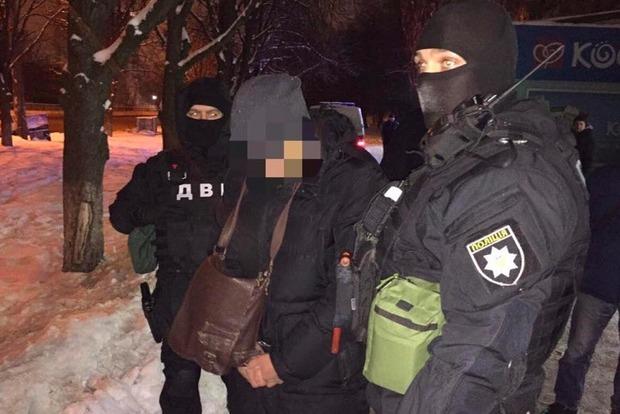 У Києві поліцейський затриманий на хабарі в $3,5 тисячі