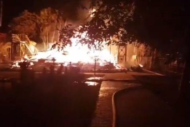 Пожежа в таборі «Вікторія»: суд обрав запобіжний захід колишньому заступнику мера Одеси