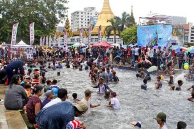 Во время водного фестиваля в Мьянме погибли 285 человек