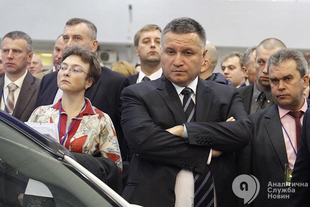 Аваков подтвердил, что у его сына проходят обыски по «делу о рюкзаках» для МВД