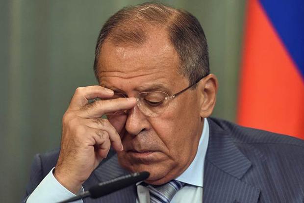 На ровном месте: Лавров обиделся на США за закрытие консульств
