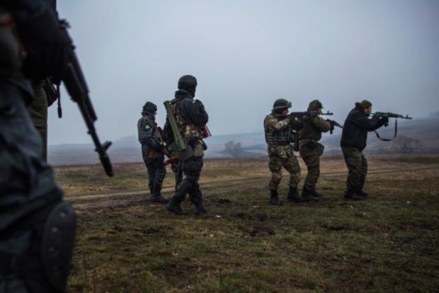 Боевики 4  раза обстреляли позиции ВСУ под Мариуполем— Штаб АТО