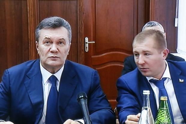 Виктор Янукович пообещал допросить Порошенко и Яценюка