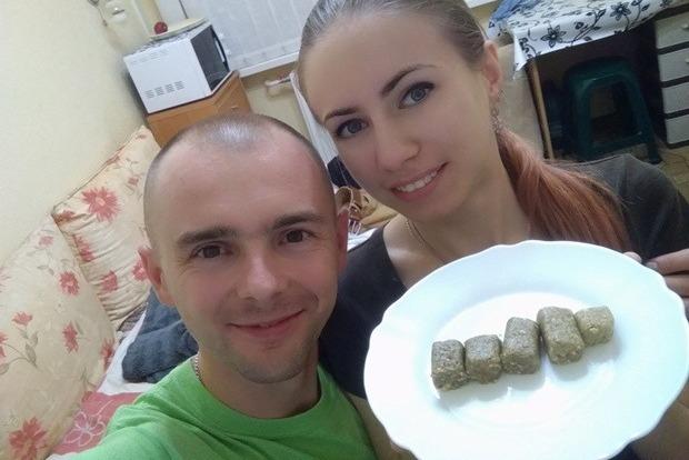 Протеїнові батончики з цвіркунами виготовили сумські кулінари