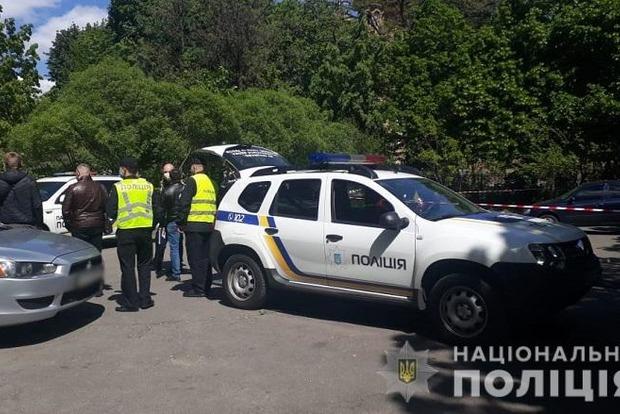 В Киеве устроили стрельбу возле церкви