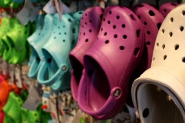 10 причин не носити крокси. Ні-ко-ли