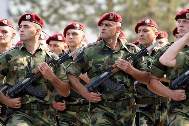 Сербія привела армію в повну бойову готовність