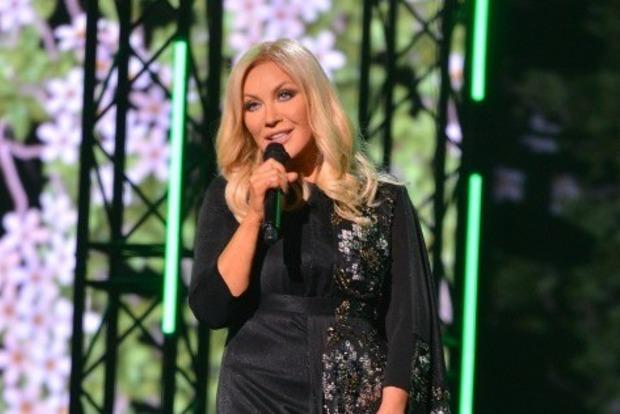 Повалий повеселила Кремль украинскими песнями и заставила плакать под Червону руту