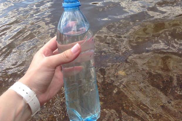 Под Киевом людей массово травили фекалиями в воде