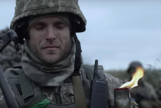 Гордость и слезы: военные сняли сильный ролик о дне памяти жертв Голодомора