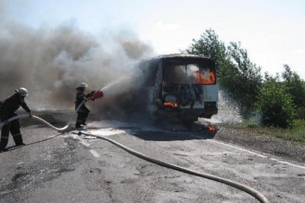 В России загорелся автобус с пассажирами