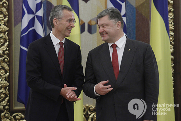 На 20-летие партнерства Украины и НАТО в Киев прилетит глава альянса Столтенберг