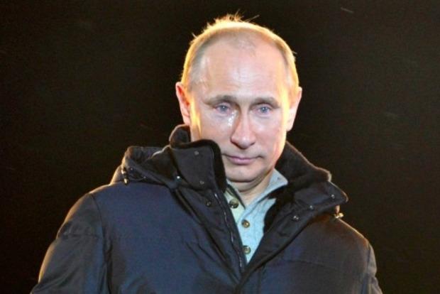 Путин лично пустил газ в аннексированный Крым