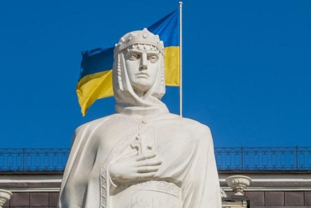 Священик назвав точну дату надання Томоса Україні