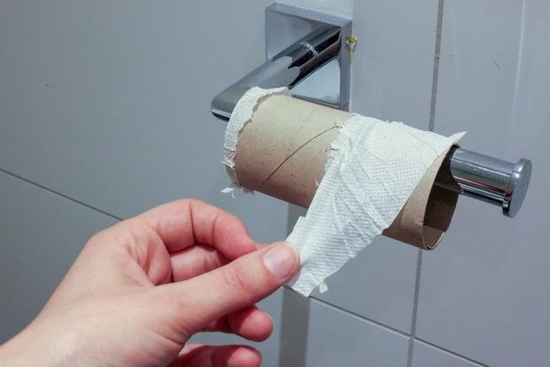Ученые указали на огромную опасность дешевой туалетной бумаги